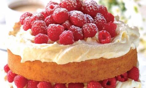 croppedimage625376-RASPBERRY-AND-WHITE-CHOCOLATE-CAKE