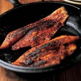 reggios-blackened-redfish
