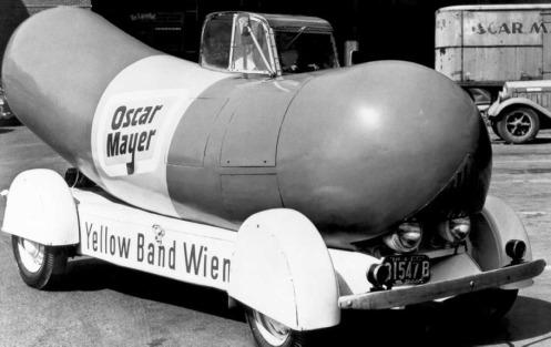 Wienermobile-910-0