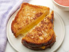 ZB0202H_classic-american-grilled-cheese_s4x3.jpg.rend.sniipadlarge