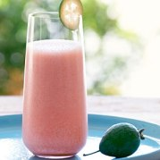 pineapple-guava-strawberry-smoothie-su-x