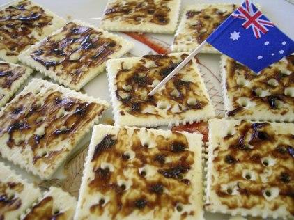 vegemite-crackers_w480