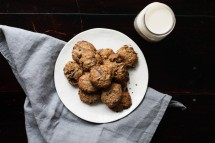 gluten-free-cookies-tigernut-chocolate-chip-cookies
