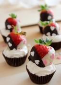 chocolate-fresas-y-nata-para-san-valentin-por-la-reposteria-de-miguel-300x450