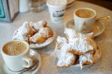 Cafe du Monde - French Quarter - New Orleans, LA